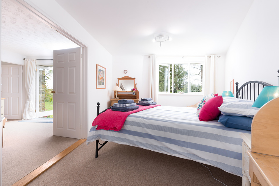 Stylish Kingsize Bedroom