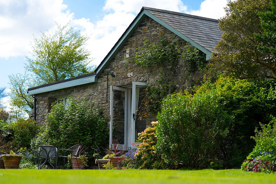 The Garden Cottage - Romantic cottage in a stunning garden